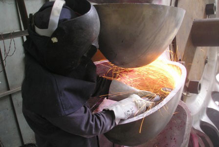 Grinding of Runner Bucket